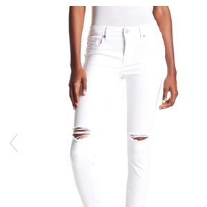 Brand new white Viggos jeans bought from Nordstrom